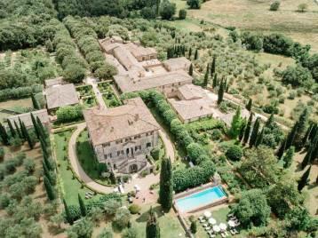 Aerial view: gardens of Villa Cetinale