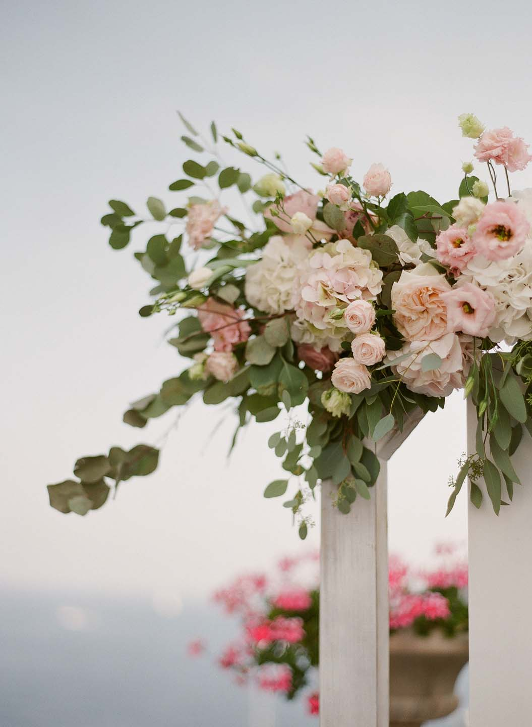 flower arch in pink and white