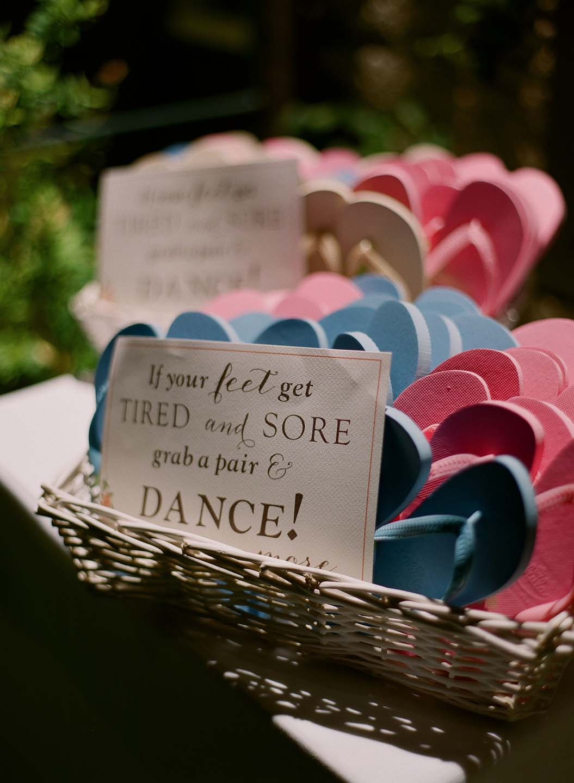 flip flops for wedding party