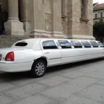 12 személyes Ultra strech limuzin