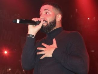 drake viral video kissing 17years old girl