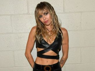 Miley Cyrus Midnight Sky download
