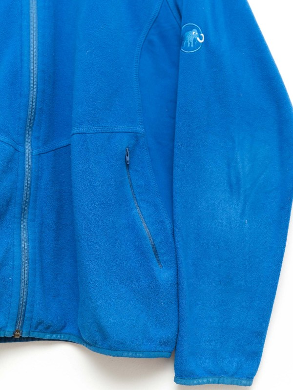 excreament-sportswear-jacket-knitwear-pullover-vintage-shop-fashion-secondhand-clothes (106)