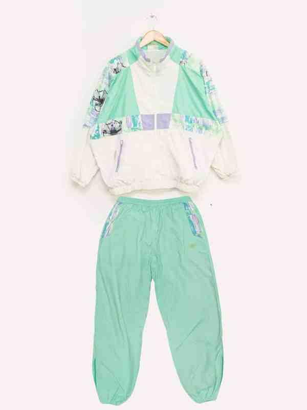 excreament mars 2020 pullover saint james denim jacket obama mickey mouse marlboro reebok vintage thrift second hand shop fashion (76)