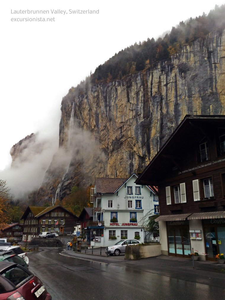 lauterbrunnen valley switzerland
