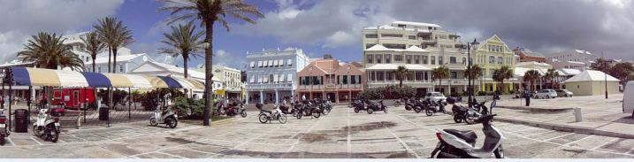 Click to view a panoramic pic of Hamilton, Bermuda