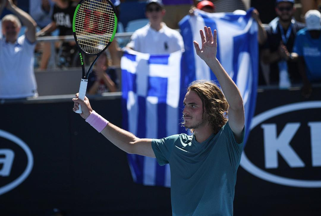 Young Stefanos Tsitsipas Stuns The World With A Win Over Roger Federer At Australian Open Excuse Me Are You Greek