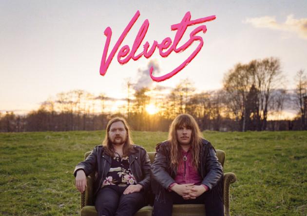 VELVETS – Velvets – The Sign Records
