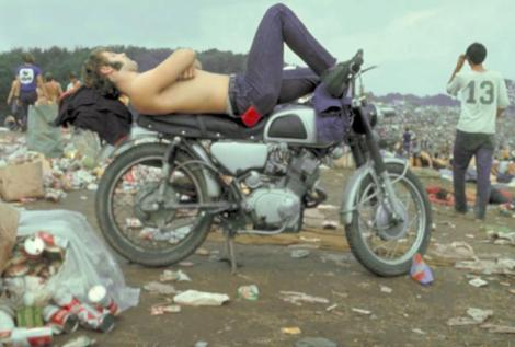 sleeping-on-a-motorcycle