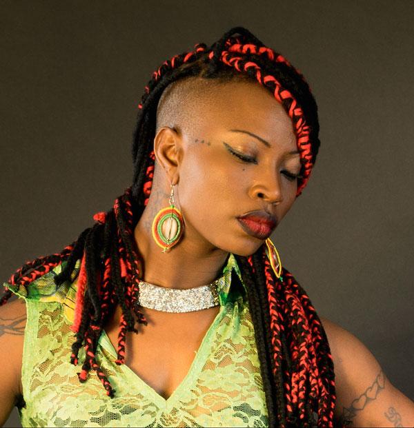 Domani a Villa Ada la nuova grande voce dell'Africa Dobet Gnahoré e l'effervescenza di San Basilio con Sanba Parade