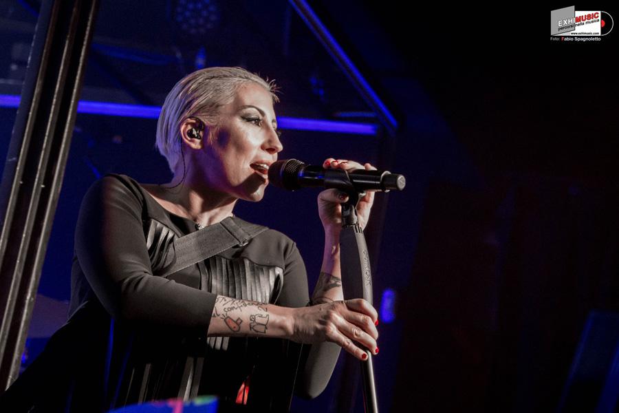 """MALIKA AYANE live at MONK """"DOMINO TOUR 2018"""" ROMA - Lunedì 19 novembre. Foto gallery di Fabio Spagnoletto"""