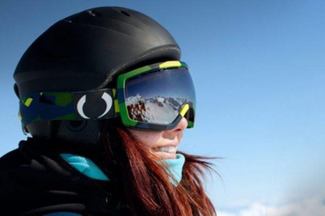 kask narciarski