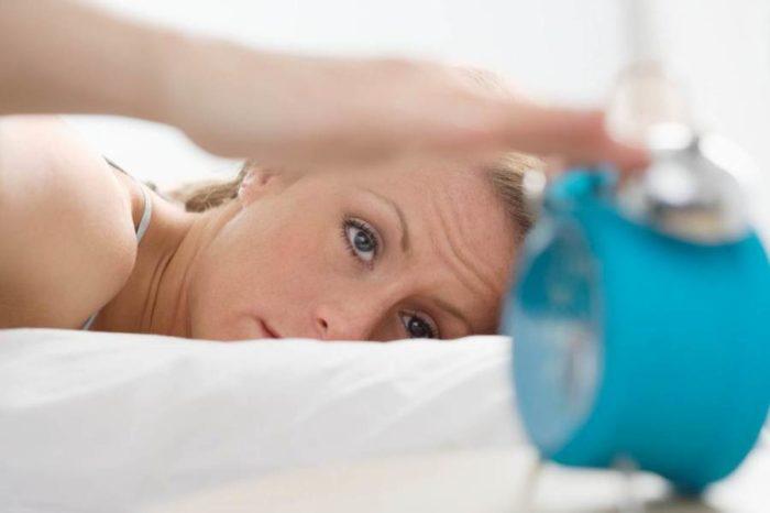Niedobór snu – Dlaczego może prowadzić do tycia
