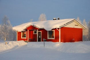Rotes Haus in Äkäslompolo