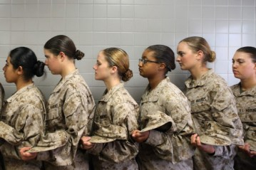 02-female-soldiers-draft.w529.h352