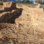 Excavación en la obra de restauración de la Murallas de Alcúdia