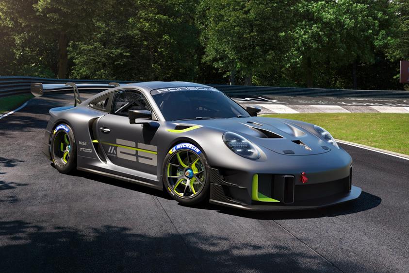 Porsche 911 GT2 RS Clubsport 25 Race Car