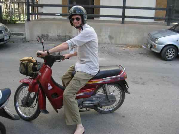 rent a motorbike chiang mai