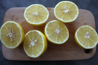 How to make lemon rakija