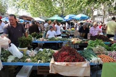 A local's guide to buying food at Croatia's farmer's market
