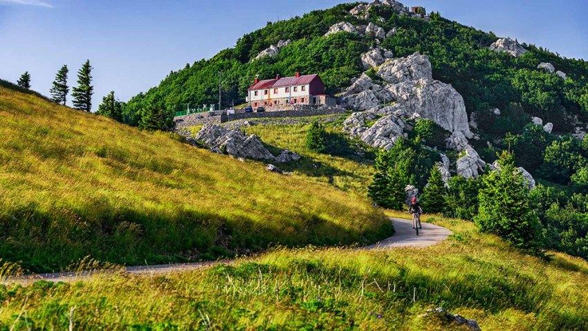 Zavižan planinarski dom