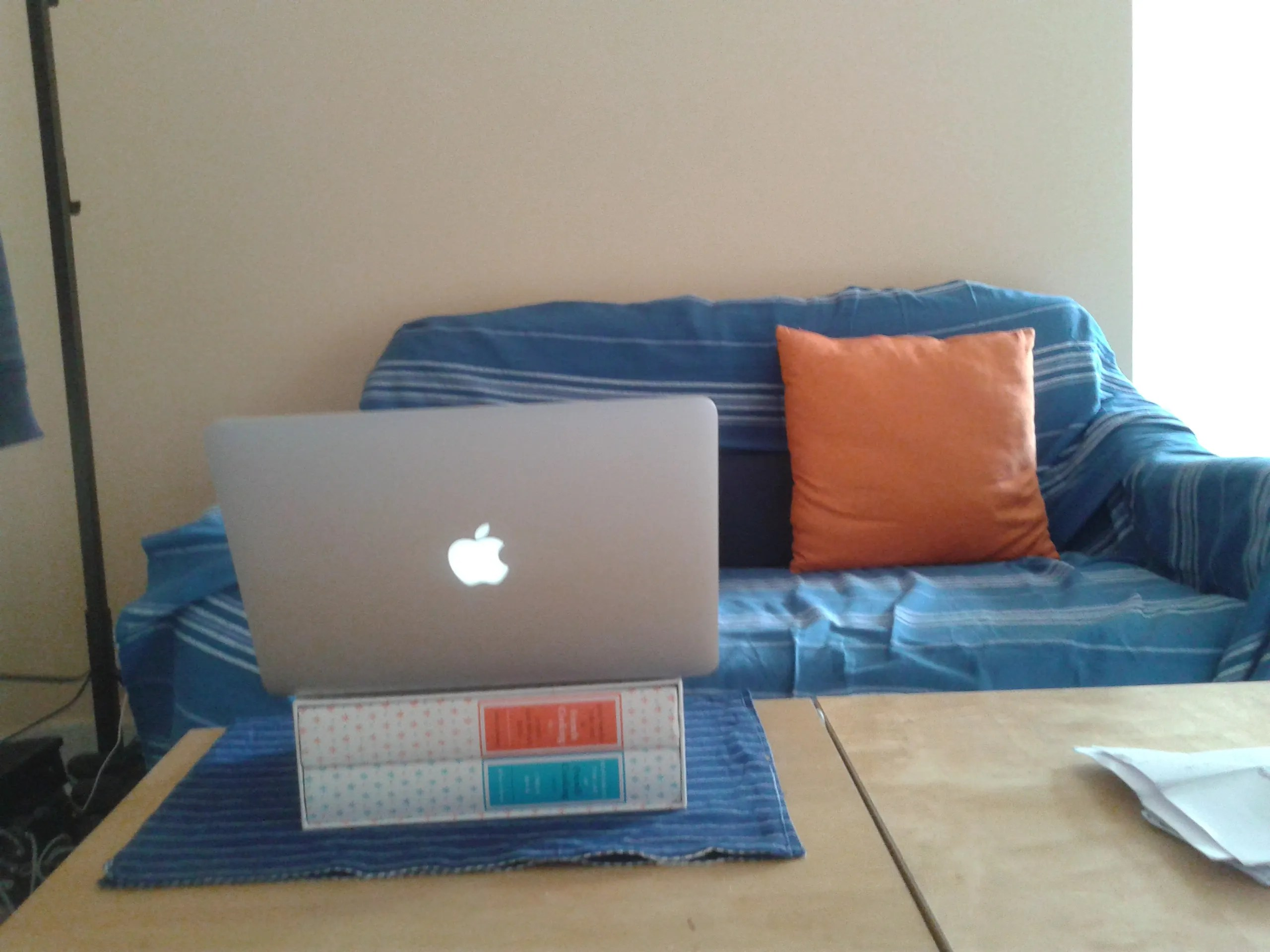 starting an online business at my home office in Madrid