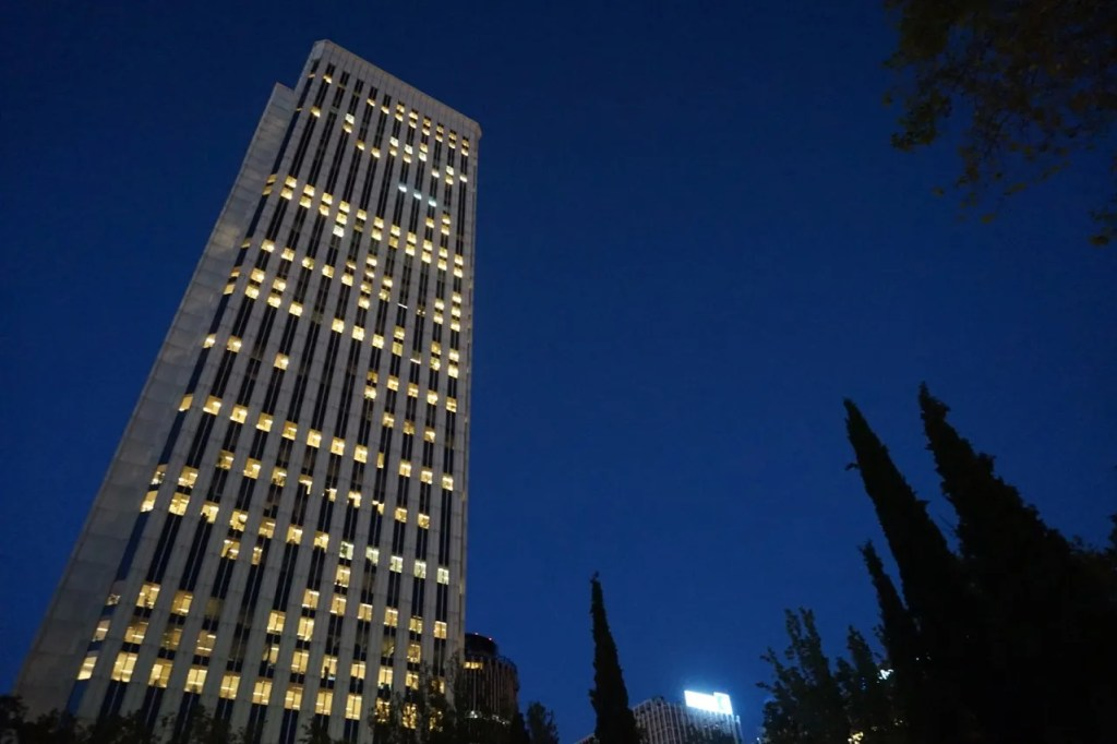 are spanish people lazy? torre picasso