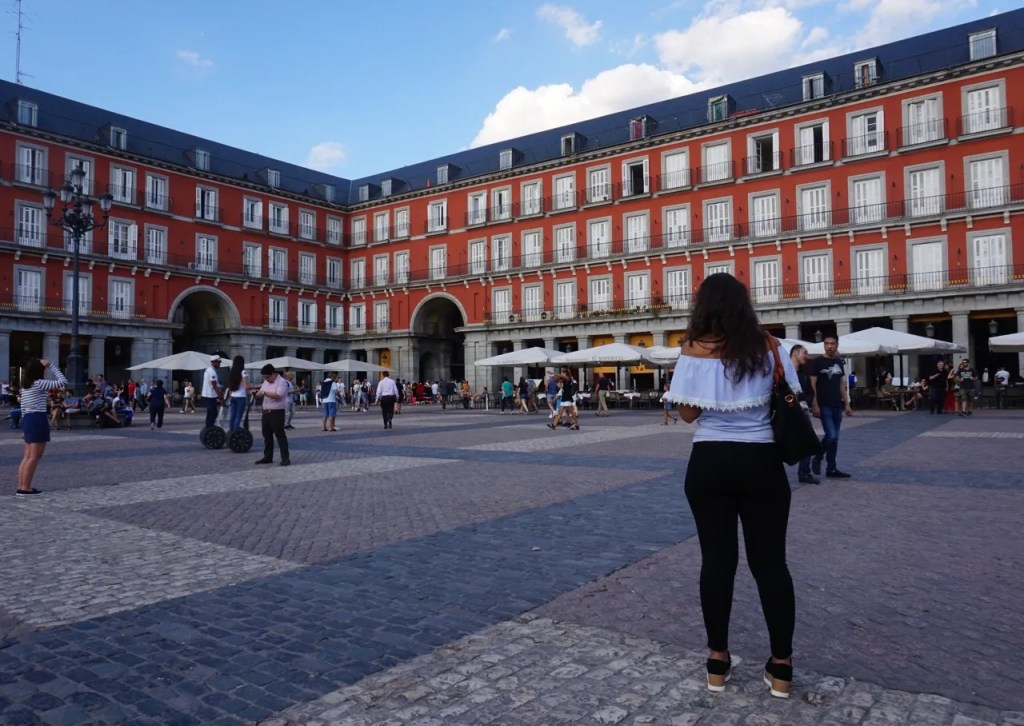 earn a living teaching english in madrid