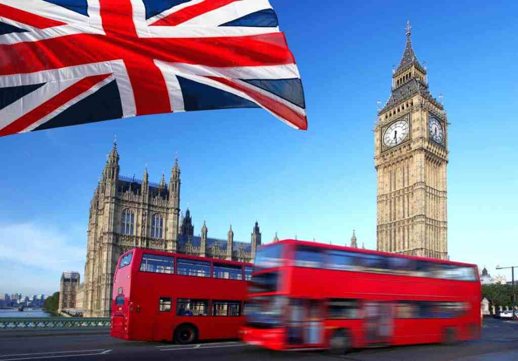 tax tips for Australians moving to the UK