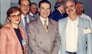 Divaldo Franco com o casal Célia e Perri e o ex-presidente da Federação Espírita do Estado de São Paulo, Teodoro Lausi Sacco.