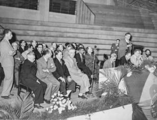I Congresso Espírita de São Paulo, junho de 1947. Sessão solene no Ginásio do Pacaembu.