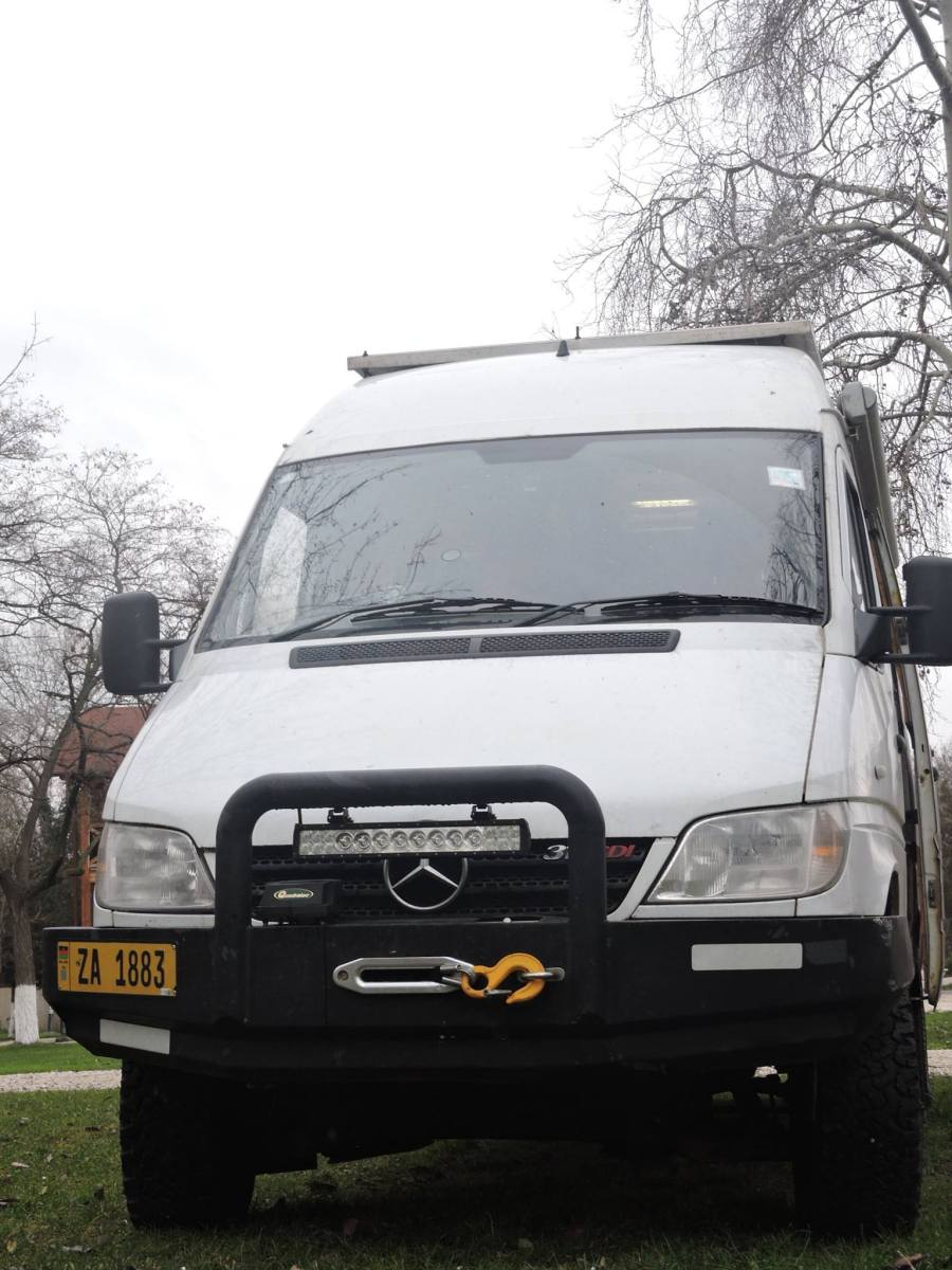 SOLD - Mercedes Sprinter 4x4 CDi Camper - UK - €20,000