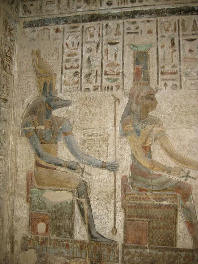 Anubis and Nephthys. Photo by: S.F.E. Cameron