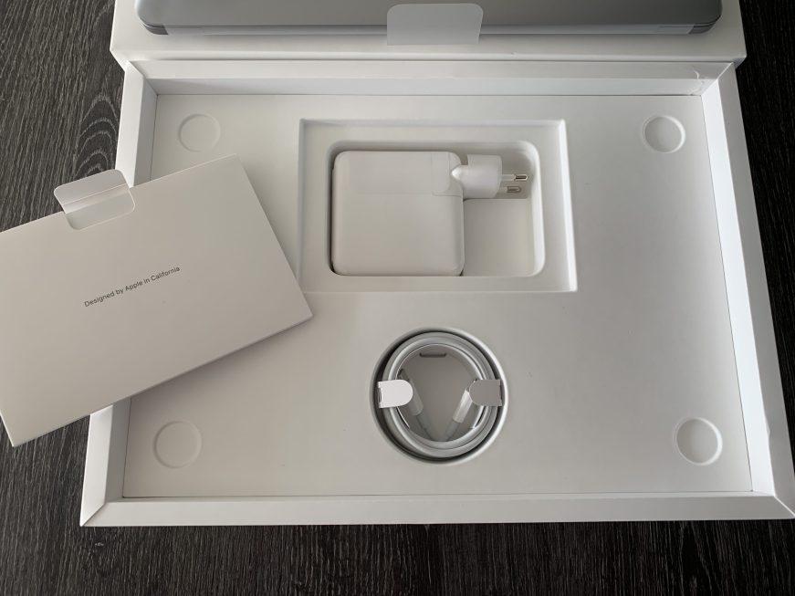 MacBookM1_Unboxing_04