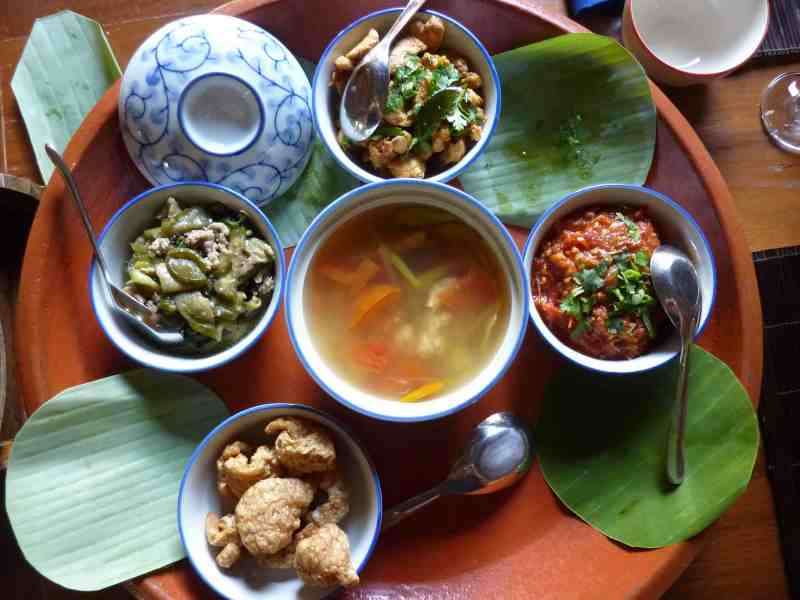 The food I cooked with Mr Prapat's family - the 'Nam Prik Ong' is on the right.