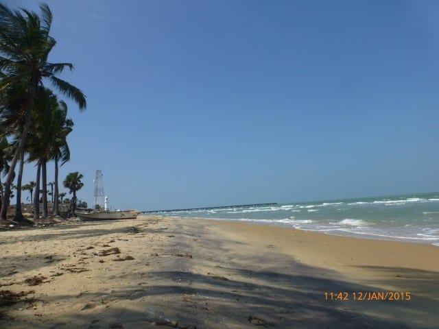 An empty Mannar beach