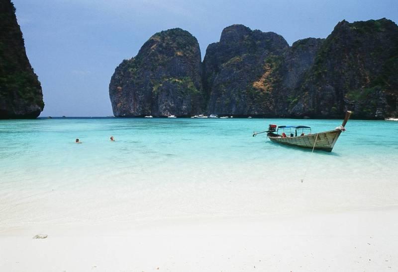 Excursion_04_Phi Phi Islands_Maya bay