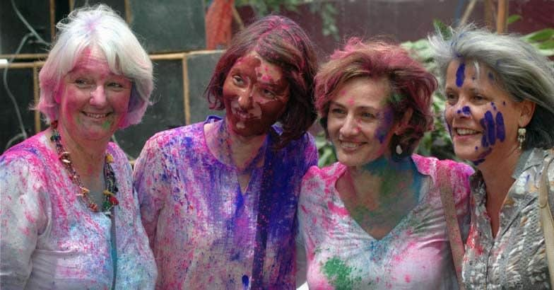 holi ladies