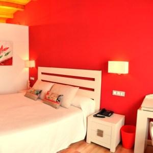Hotel en el Embalse del Ebro