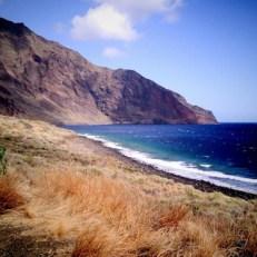Playa de El Hierro de día en las Islas Canarias