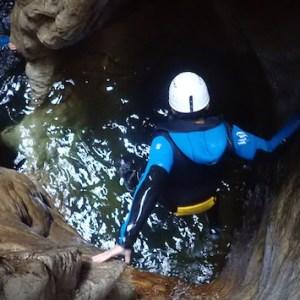 Descenso de barrancos en el Barranco de las Buitreras