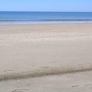 Vista de la la playa Parque del Litoral en Isla Cristina en Huelva
