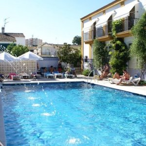 Piscina del hotel Paraíso Playa en Isla Cristina en Huelva