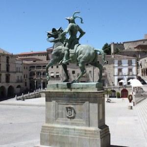 La Plaza Mayor de Trujillo en la provincia de Cáceres