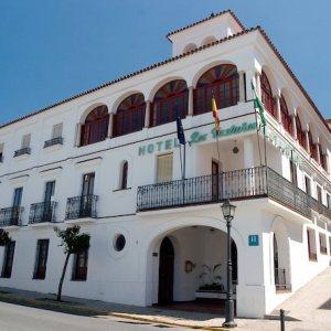 hotel de estilo andaluz en Aracena