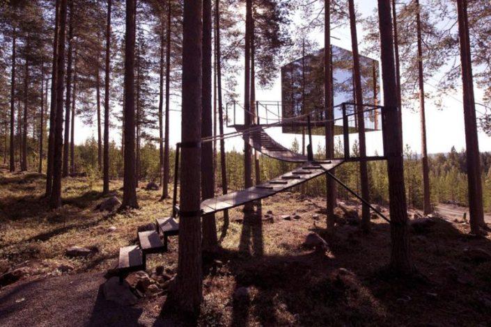 Treehotel, habitación con vistas al bosque ártico de Suecia