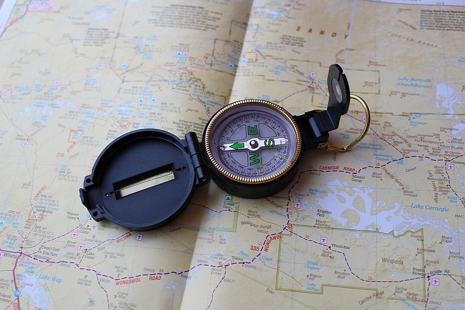 Kompass: hier ein Wanderkompass