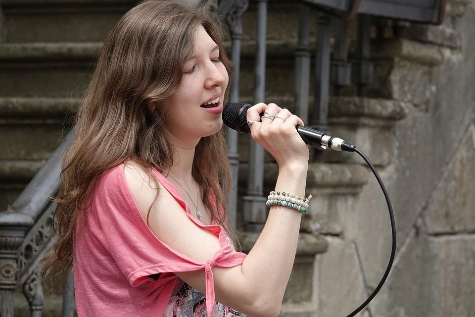Volksmusik Sängerin