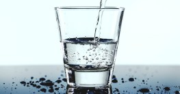 Wasserfilter Wasserglas