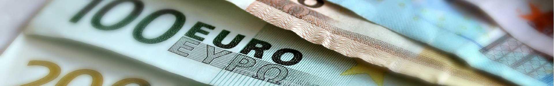 Kredit-Euro-Scheine